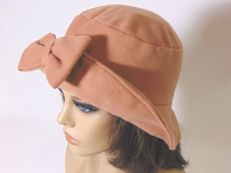 Gorro feltina color camel